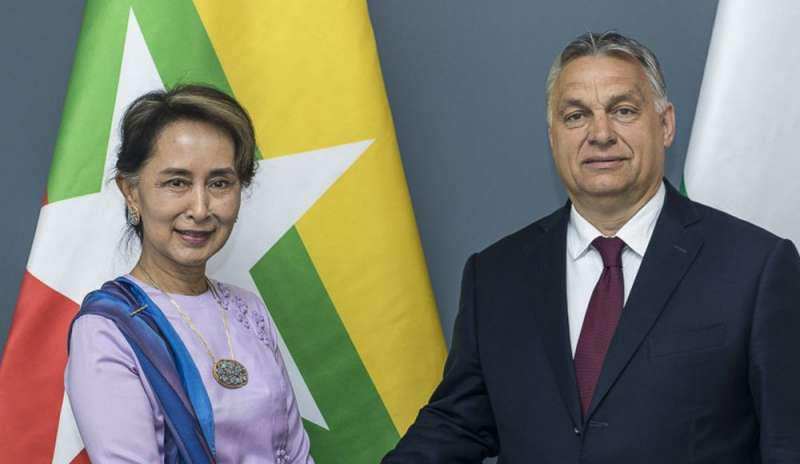 suu kyi with Orban